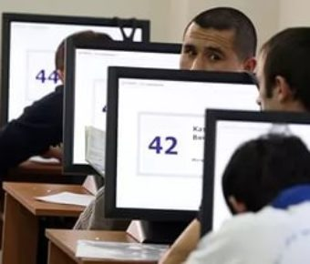 Электронный сертификат будет выдаваться мигрантам после сдачи экзамена