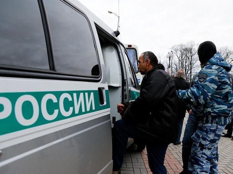 В Петербурге искали нелегальных мигрантов