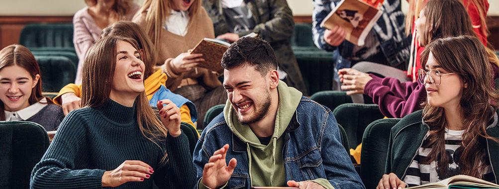 Студентам разрешили приехать в Россию
